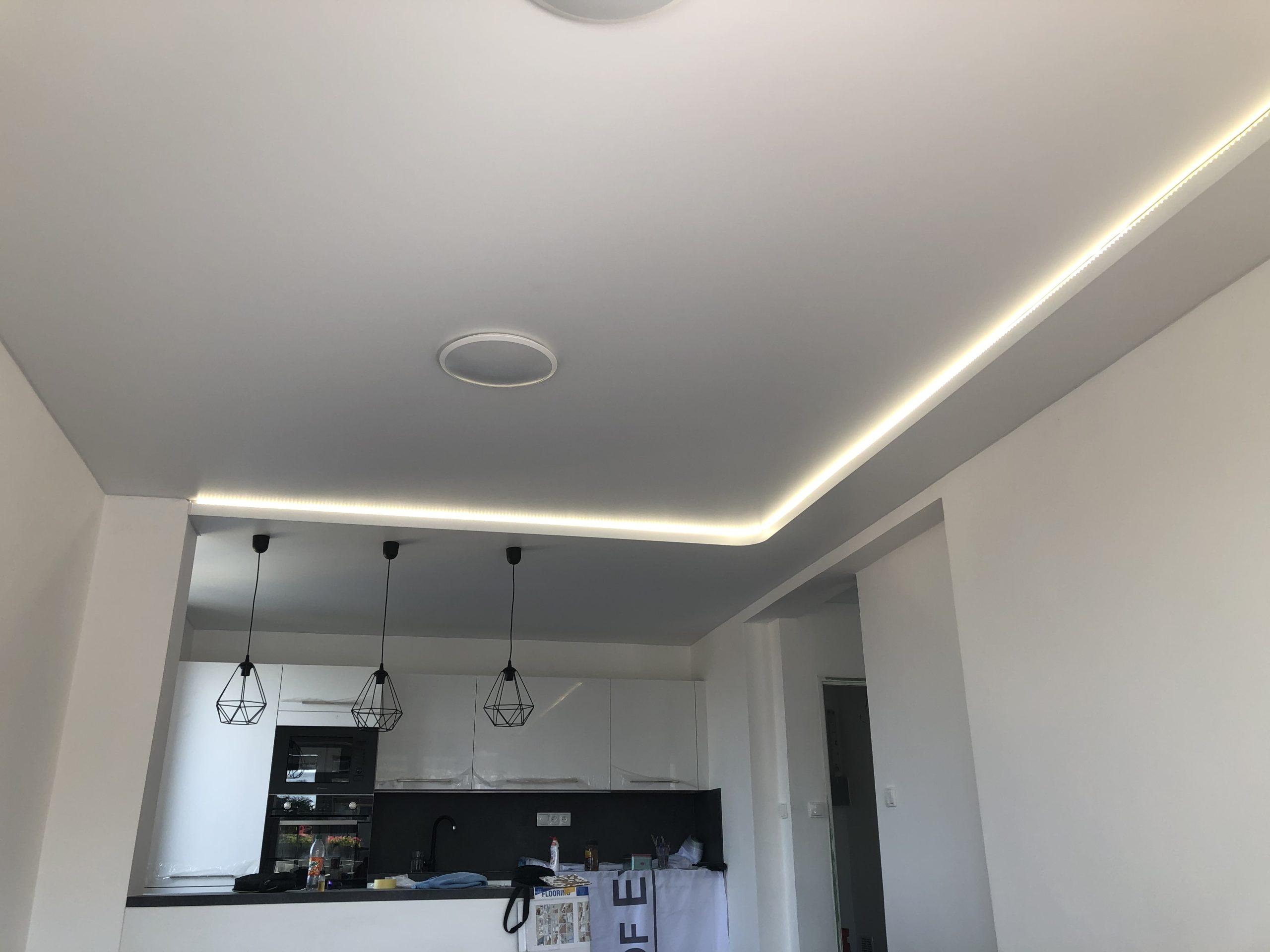 Foliové stropy osvětlení